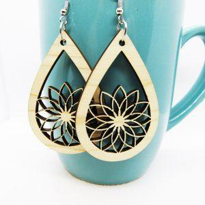 Teardrop Cutout Flower Earrings