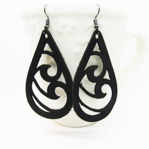 Teardrop Wave Cut Out Leather Earrings