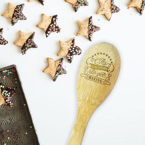 season-to-get-baking-bamboo-spoon