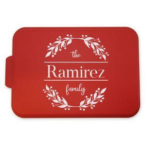 family-monogram-leaves-wreath-cake-pan