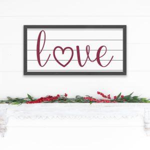 love-heart-O-shiplap-sign